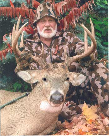 Photo of Bob Fratzke on a hunt in 2005 wearing Winona knit Camo  hunting clothes
